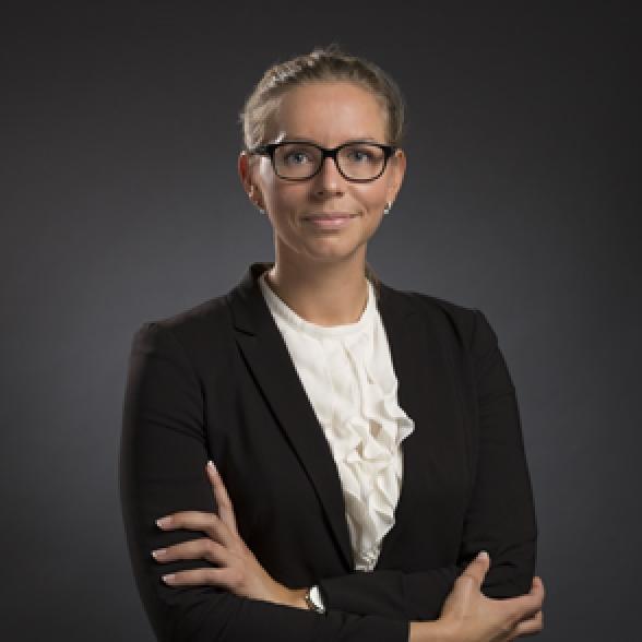 Emilia Liedbeck - CJ Advokat